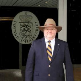 Jørgen Ledstrup - Den Syngende Konsul